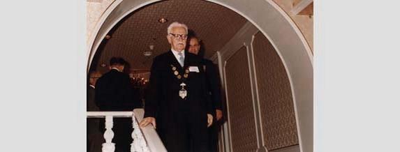 Проф. Васил Пеевски: Ученият извел България на върха на Международната федерация на геодезистите (FIG)