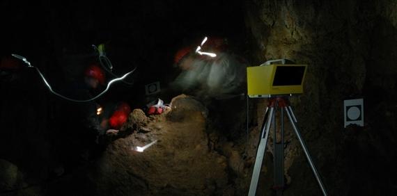 Пещерата Духлата – Лазерно 3D сканиране на Тронната зала