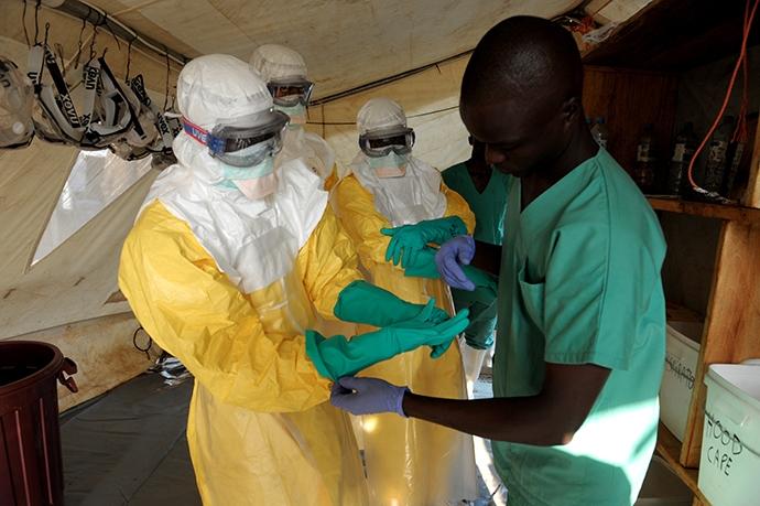 Колби с опасни болести в САЩ, пандемия от ебола в Африка