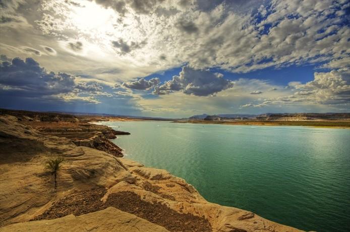 Езерата са 4% от земната повърхност