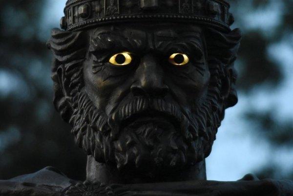 Да светят или да не светят очите на цар Самуил