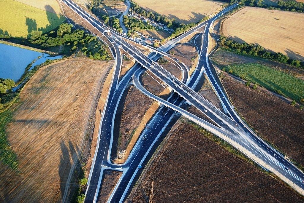 """Инж. Лазар Лазаров: спазени са нормите в пътното строителство при възела """"Белокопитово"""""""