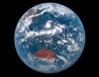 Един ден от живота на Земята