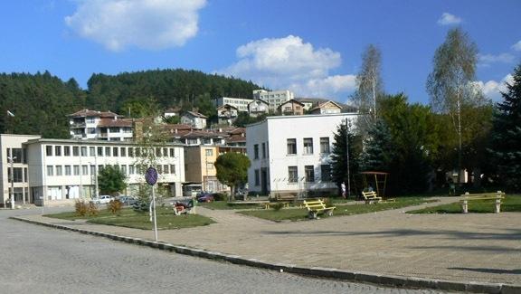 АГКК обяви обществена поръчка за кадастър в общините Разлог, Кюстендил и Трън