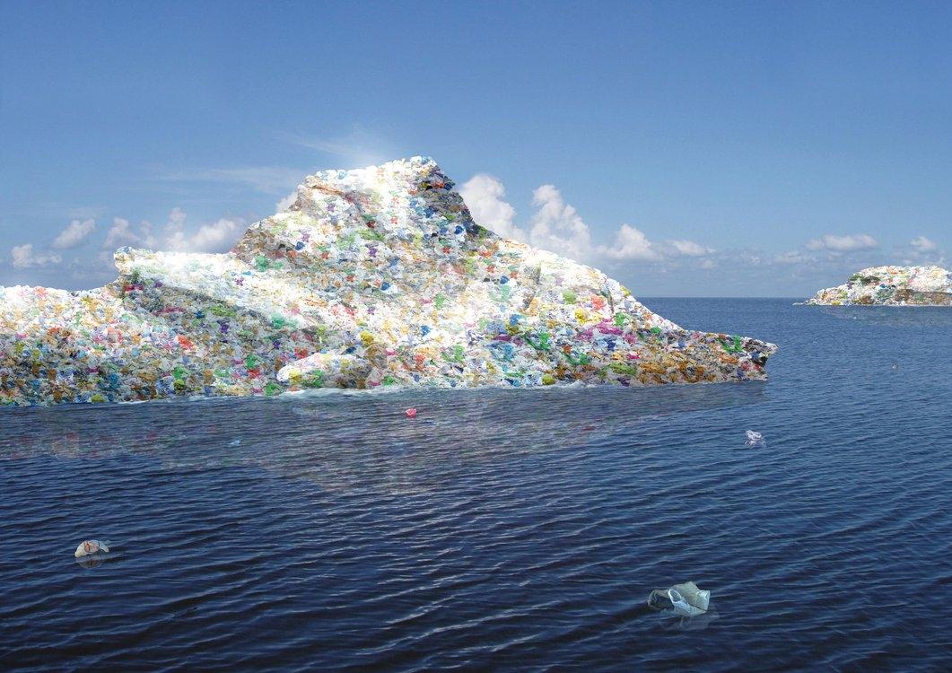 Повече пластмаса отколкото риба в океаните до 2050 г.