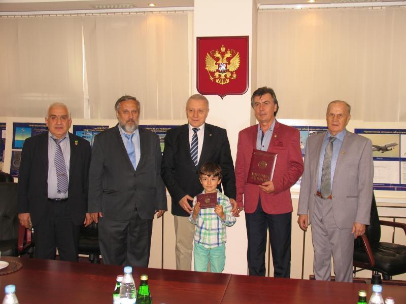 Проф. Славейко Господинов с две почетни признания
