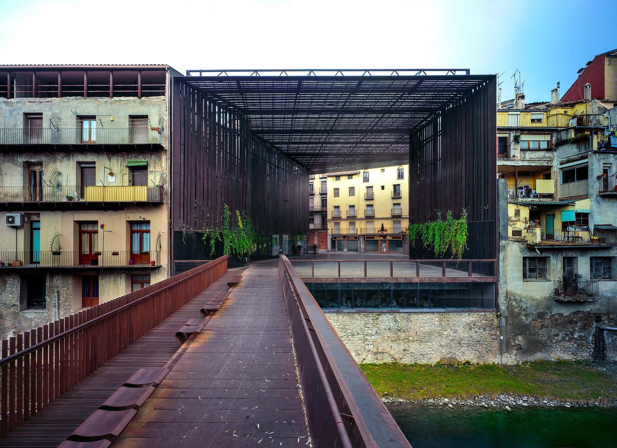 Каталунци взеха топ наградата за архитектура за 2017 г.