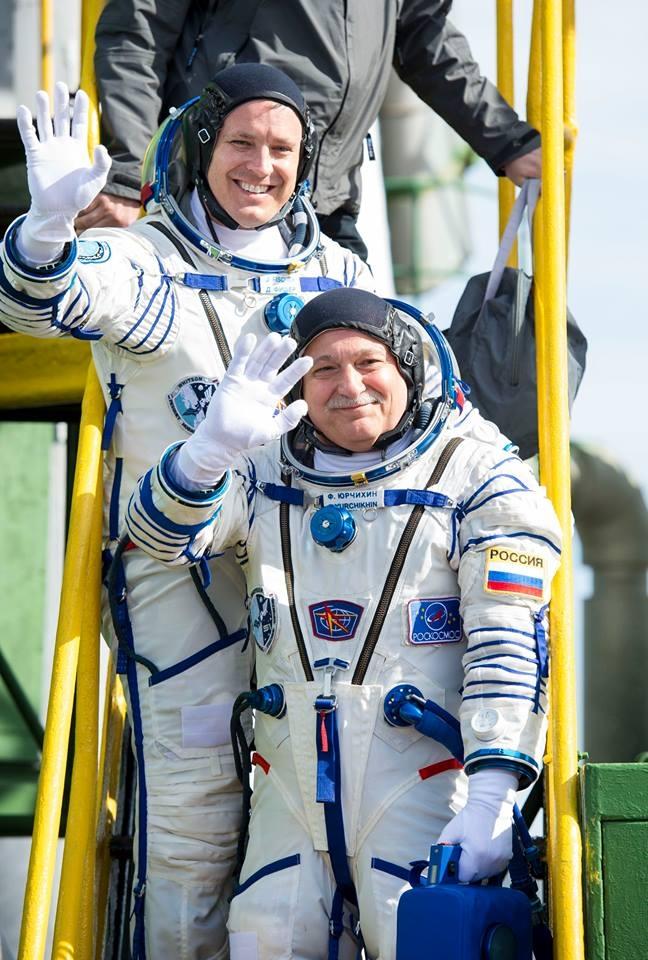 Двама астронавти пристигнаха на Международната космическа станция