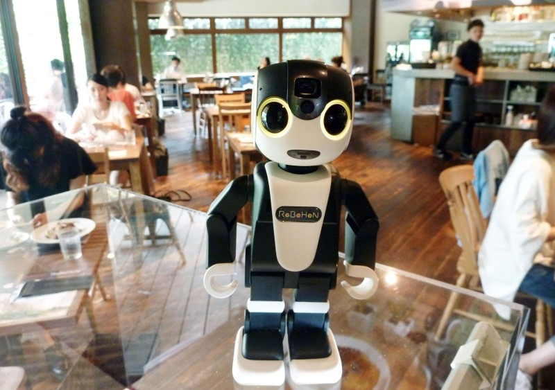Япония въвежда роботи – туристически гидове