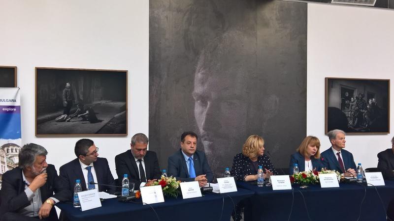 Министър Николай Нанков: Трябва ефективна политика по опазване на сградите – паметници на културата и историческото наследство