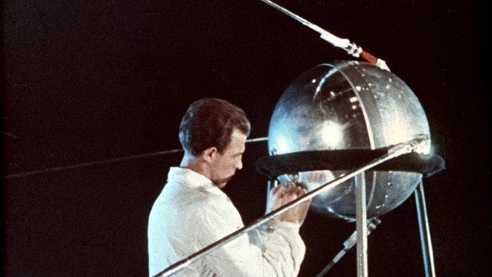 """60 години от изстрелването на първия """"Спутник"""""""