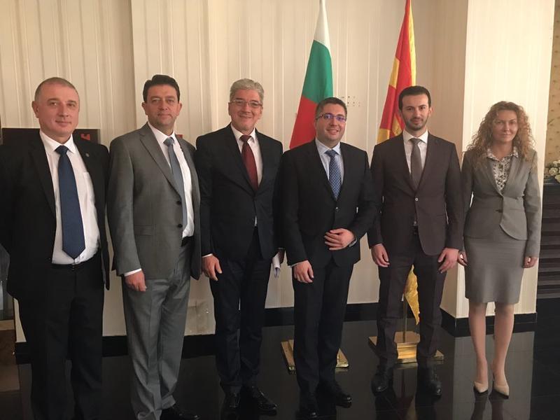 България и Република Македония ще обменят картографски, геодезически и кадастрални данни