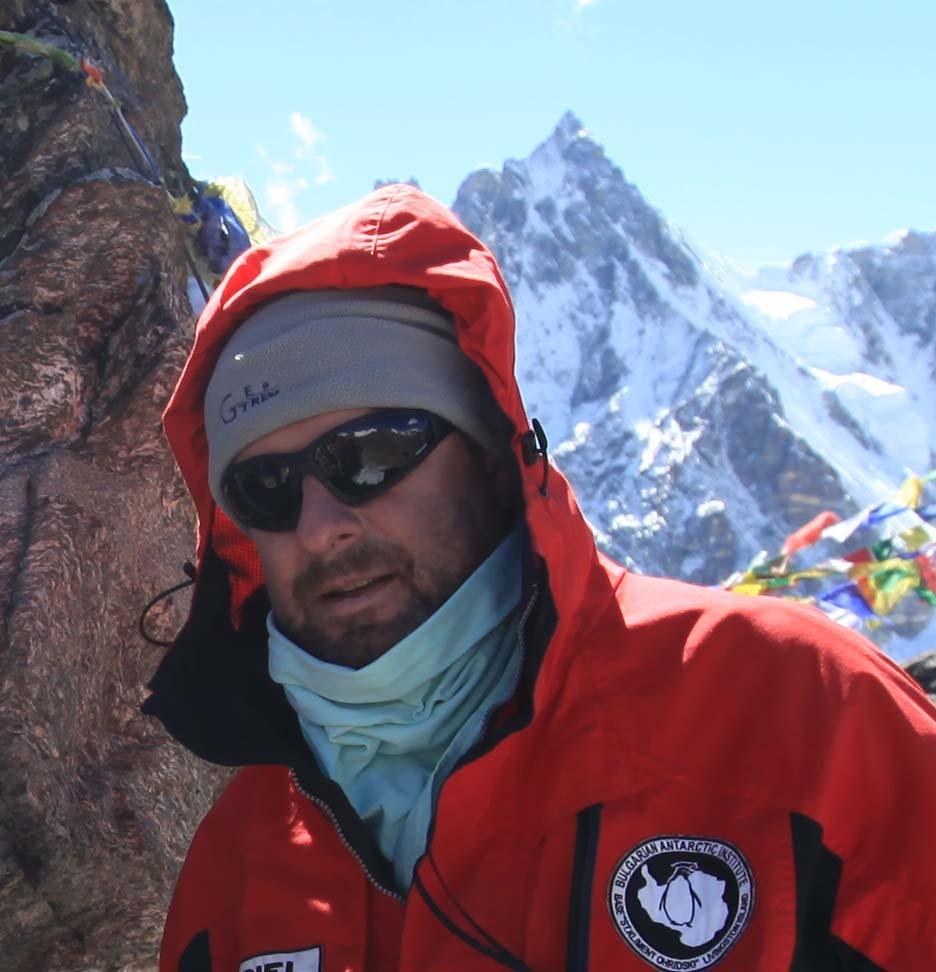 Борислав Александров за пети път в Антарктида