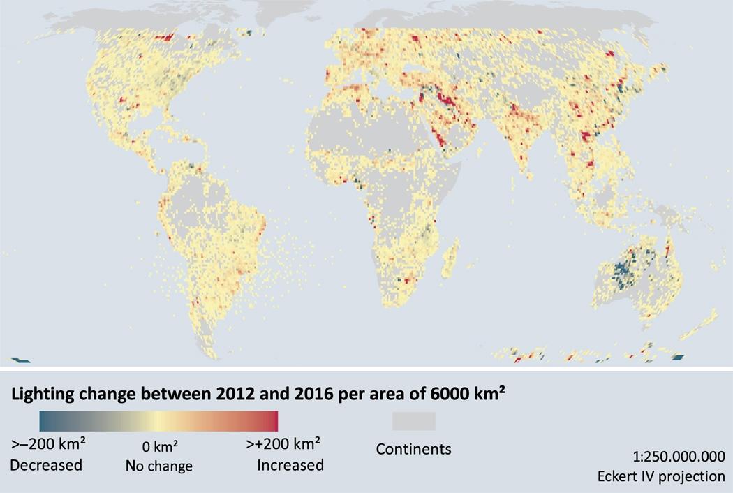 Светлинното замърсяване се увеличава с по 2% на година