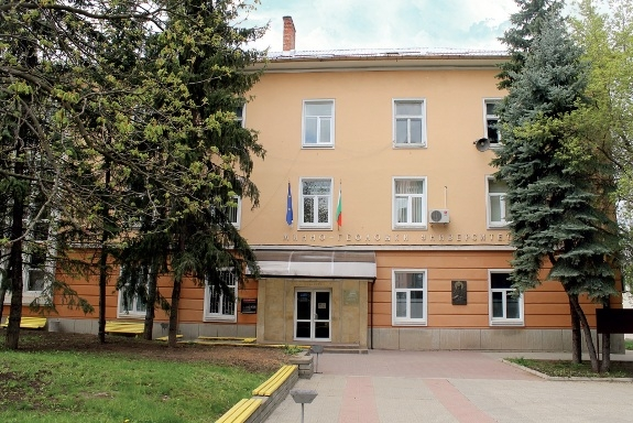 """Две места за докторанти в направление """"Архитектура, строителство и геодезия"""" в МГУ"""