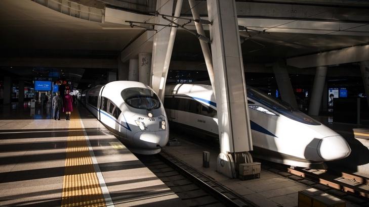 Китай разработва безпилотен влак на магнитни възглавници