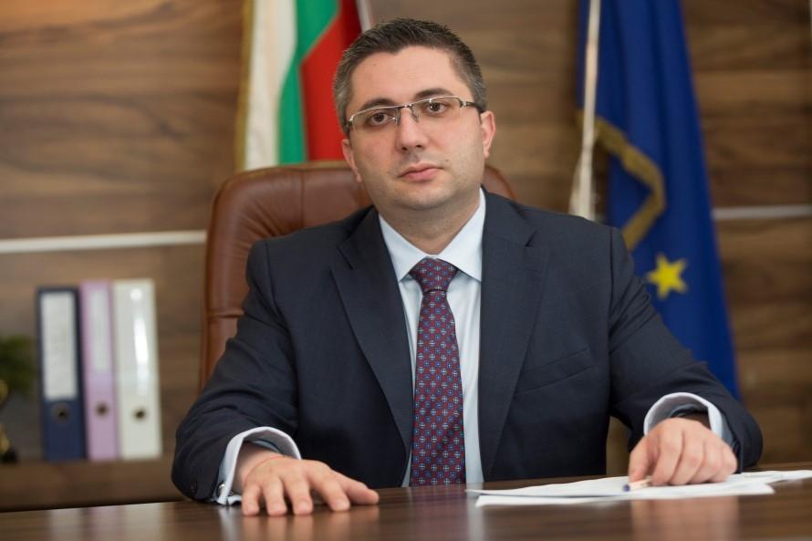 Регоналният министър поздрави геодезистите с празника им