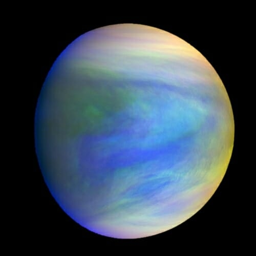 Има ли живот в атмосферата на Венера?