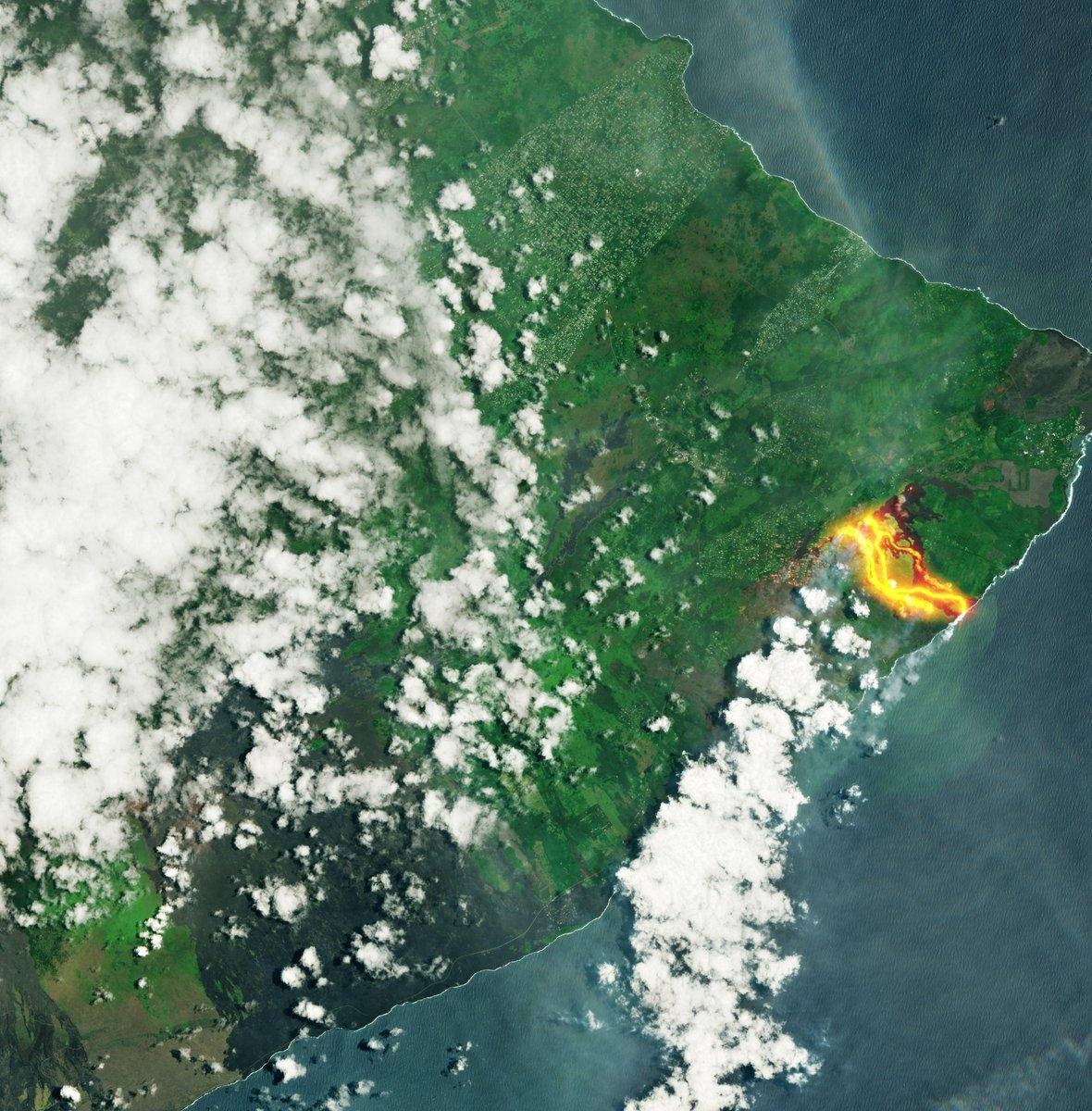 Европейски сателит засне изригващ вулкан в Хаваи