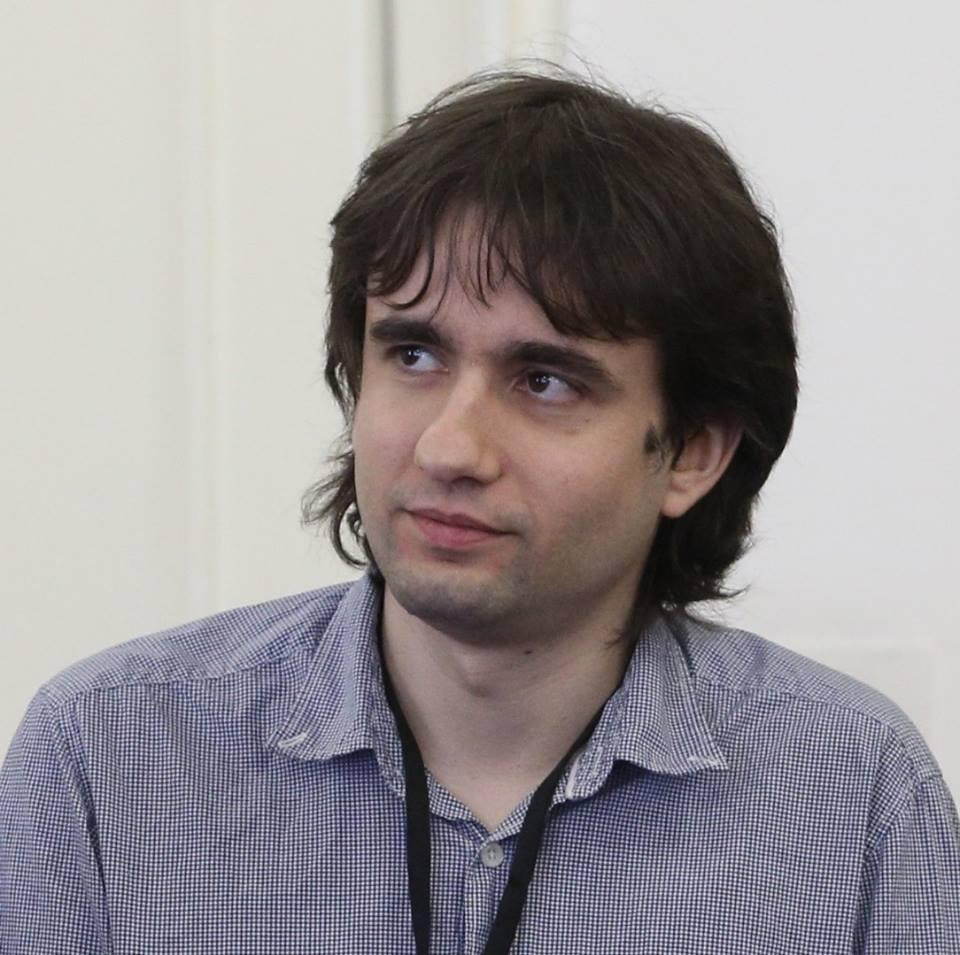 Експертът по информационна сигурност Божидар Божанов: Компаниите имат повече наши данни, отколкото си мислим
