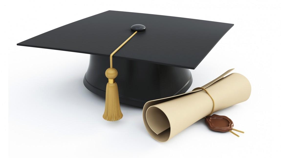Докторантите, студентите и специализантите с по-високи стипендии
