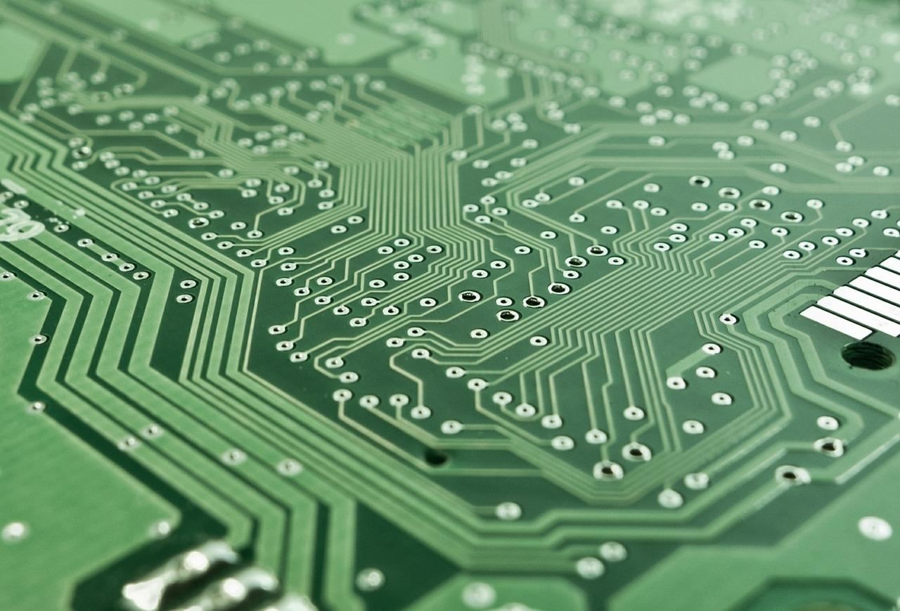 От средата на ноември копия на данните от системите и регистрите ще се съхраняват в централно хранилище