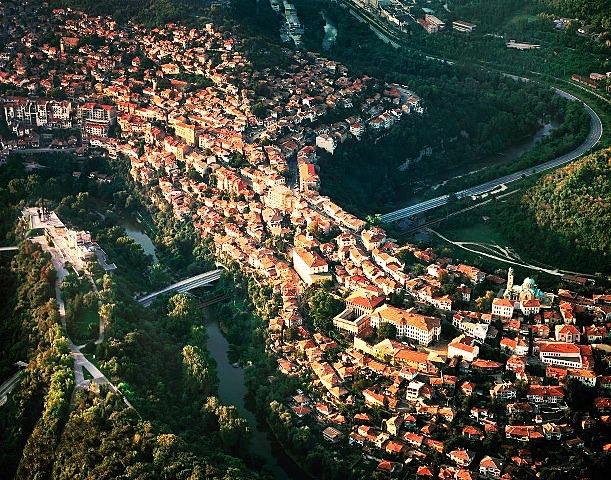 Община Велико Търново ще ремонтира 12 километра улици и пътища с еврофинансиране