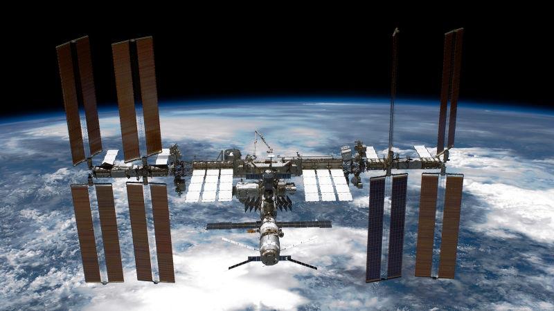Откриха потенциално опасна бактерия на борда на Международната космическа станция