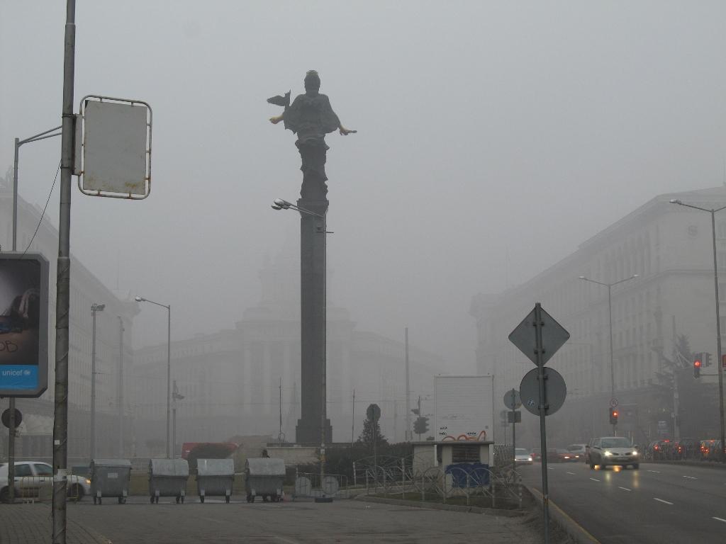 Въздухът в големите градове на България отново е замърсен
