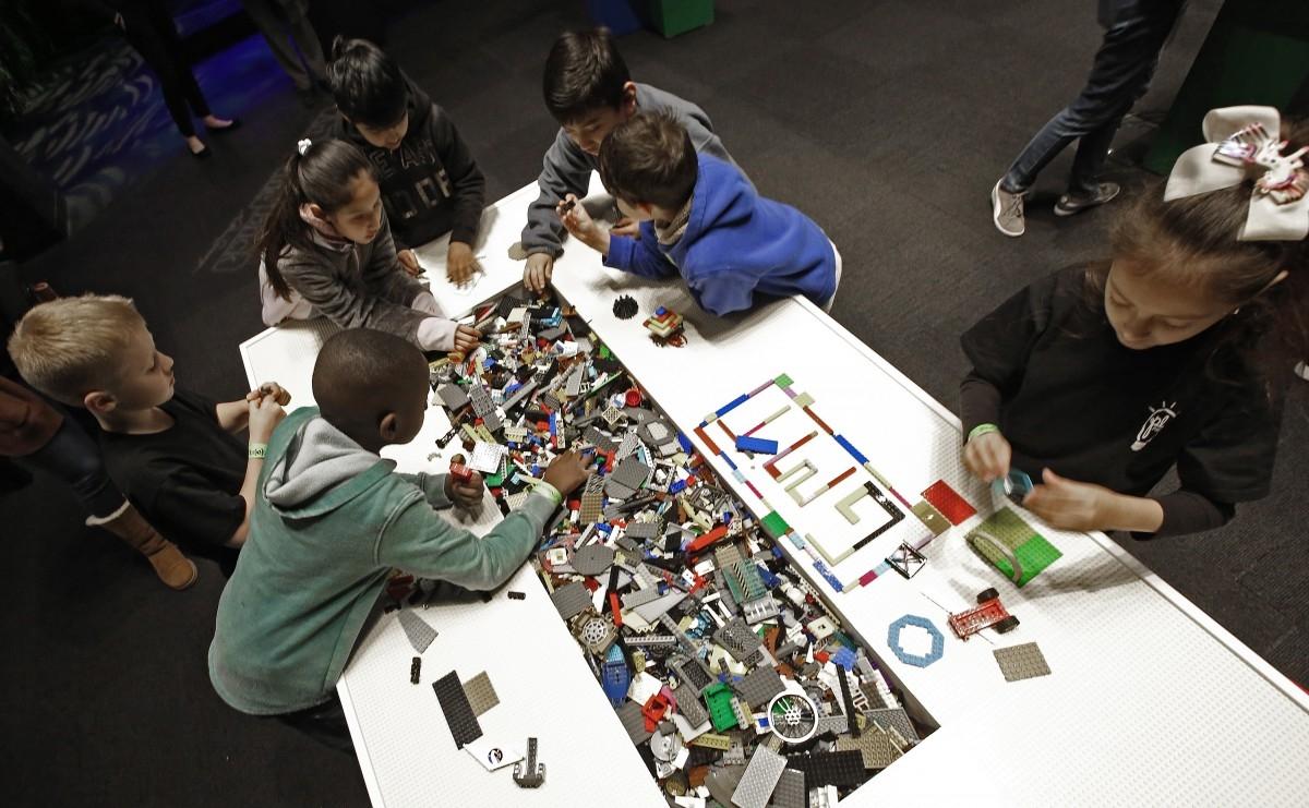 Лего търси алтернативи за рециклиране