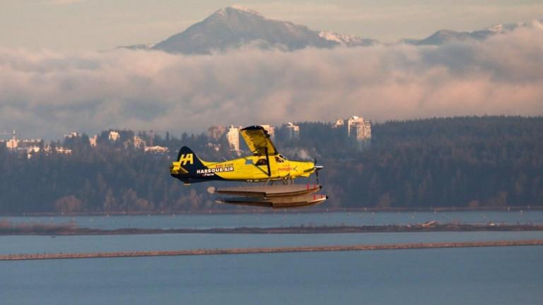 Литна първият граждански самолет само на ток