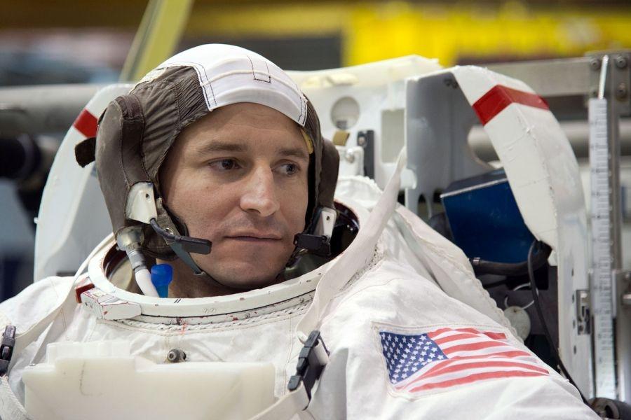 Американец – рекордьор по разходки в космоса