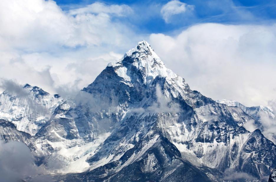 Китайци пак мерят Еверест