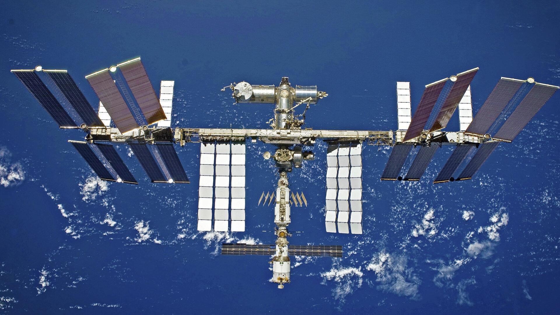 Колко получават руските космонавти за работата си на МКС