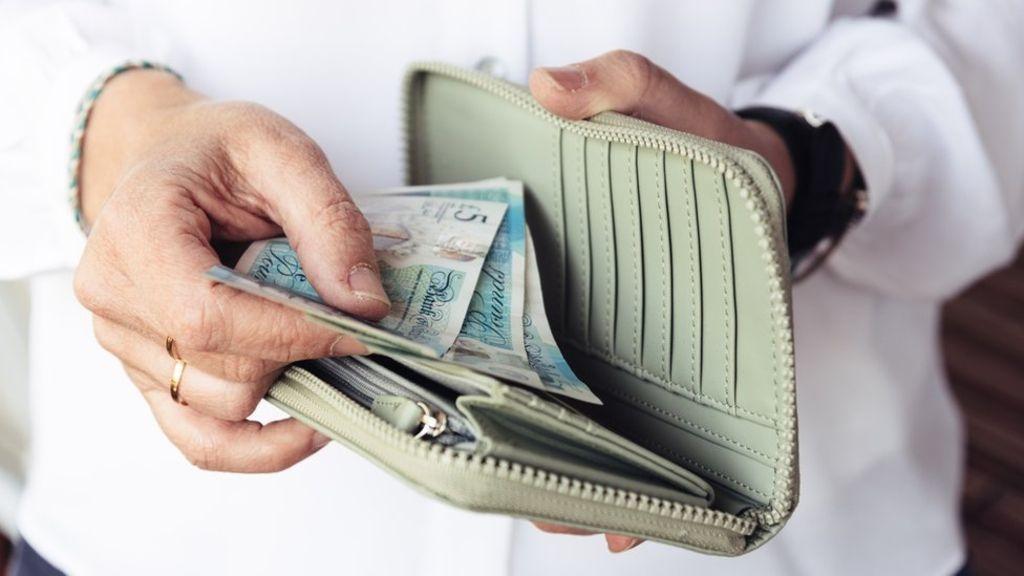 България е една от трите държави в ЕС без закон за работната заплата