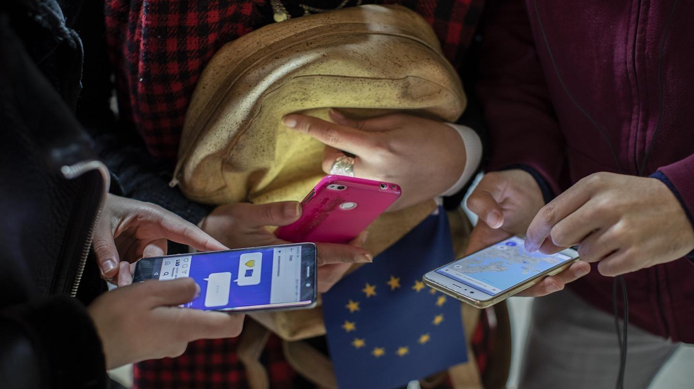 ЕС уеднакви принципите за проследяване на контактни лица